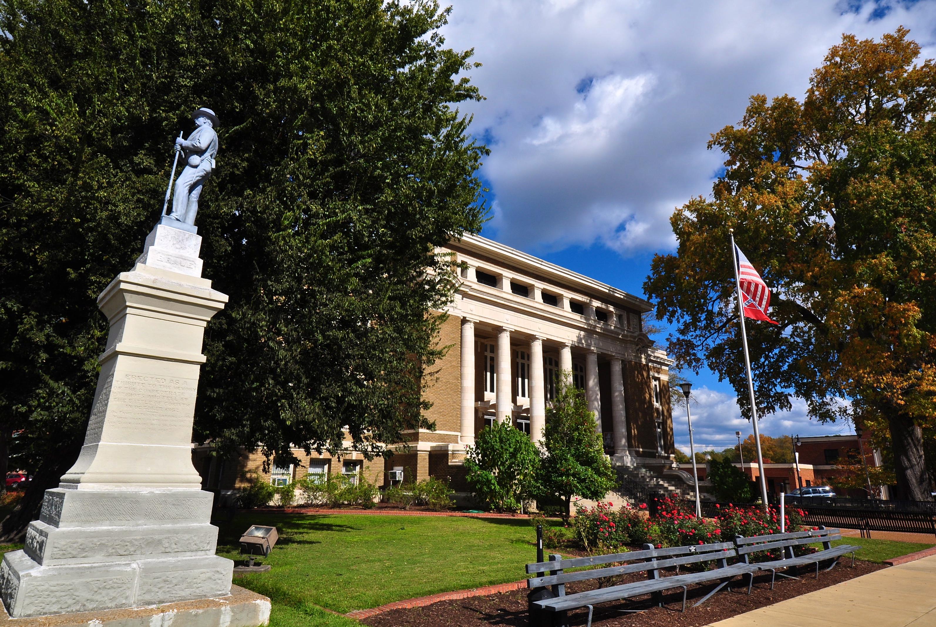 Mississippi Casino Revenues Plummet 10% in February