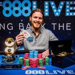 Tom Hall Wins 888Live London Main Event for £79k