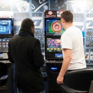 UK Bookmakers Decry FOBTs Maximum Stake Reduction to £2